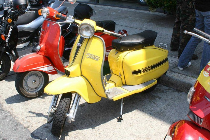 Motoroller Vermietung Paris