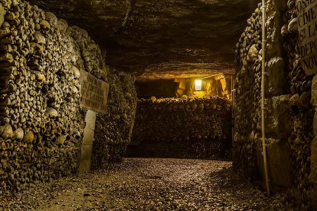 Katakomben Paris Knochenmuster