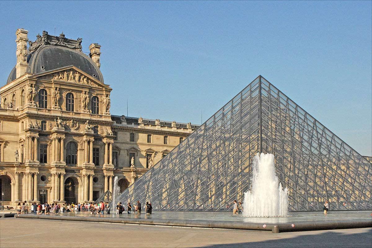 Warteschlange-Eiffelturm-Paris