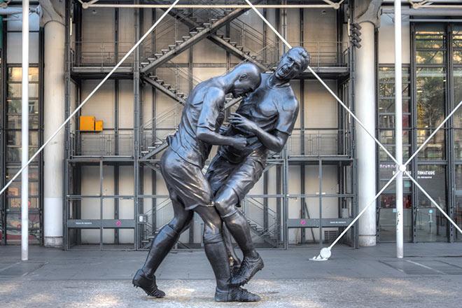 Zinedine-Zidane-Statue-Paris