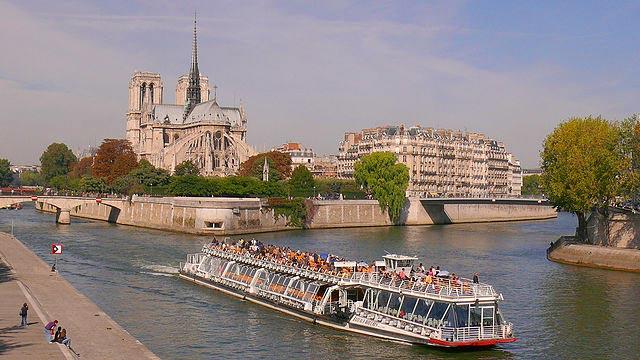 HopOn HopOff Busse Paris