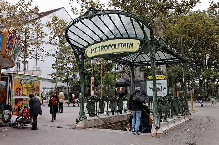 Metrostation Abbesses Paris