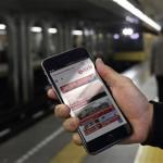 Paris mal anders Metro Smartphone Handy Paris