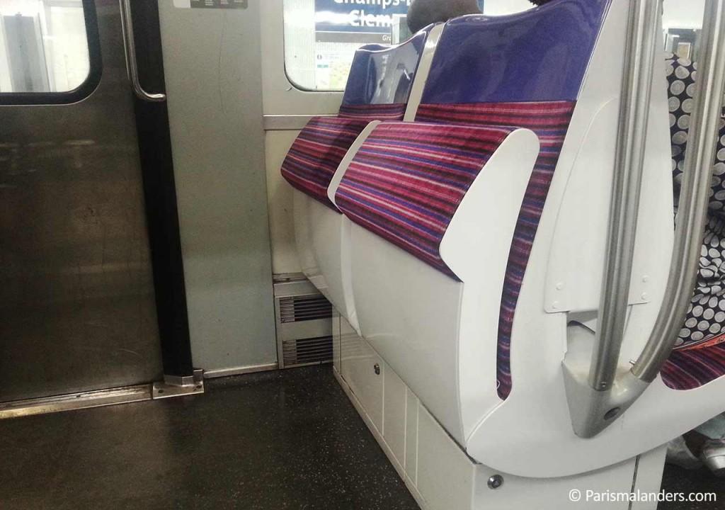 Strapontin Metro Paris mal anders