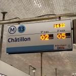 Anzeigetafel Metro Paris Bahnsteig