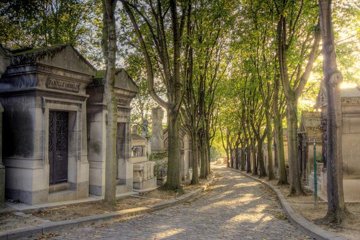 Chemin des Chevres Pere Lachaise Paris
