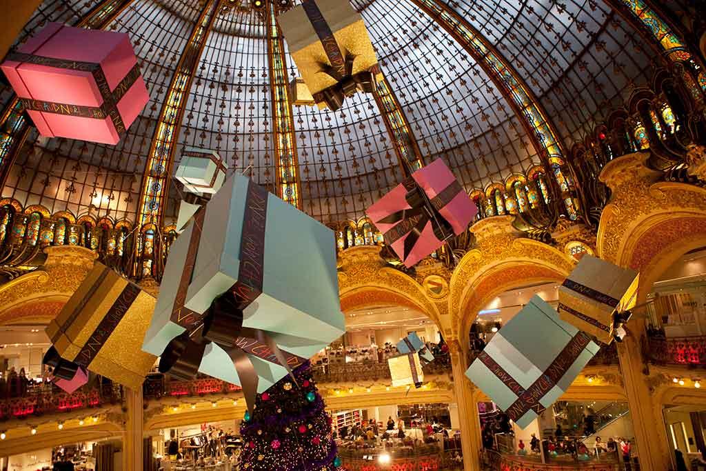 Paris Weihnachtsmarkt.Weihnachtsmarkt Galeries Lafayette Paris Paris Mal Anders