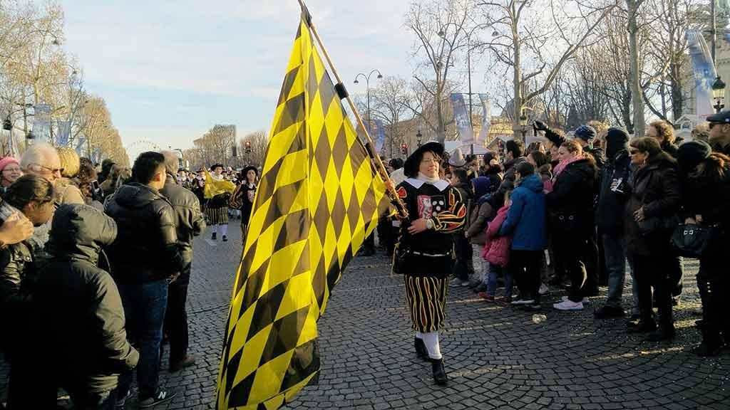 Neujahr Champs-Elysees Parade Umzug Silvester
