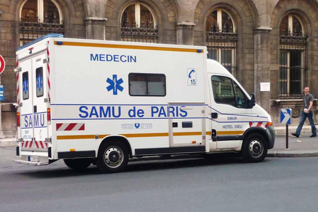Notfallnummer Notrufnummer Frankreich Paris