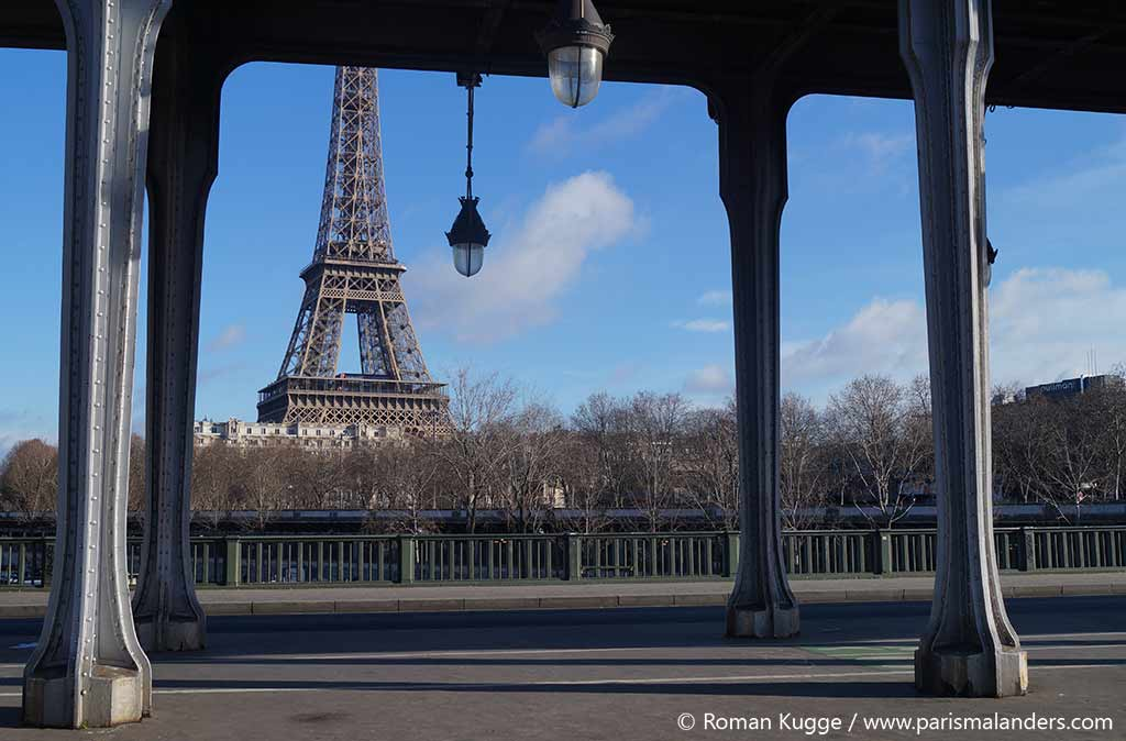 Eiffelturm Bir Hakeim Bruecke