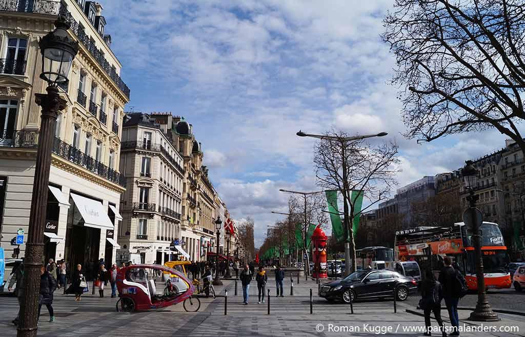 Shopping Champs-Elysées Paris