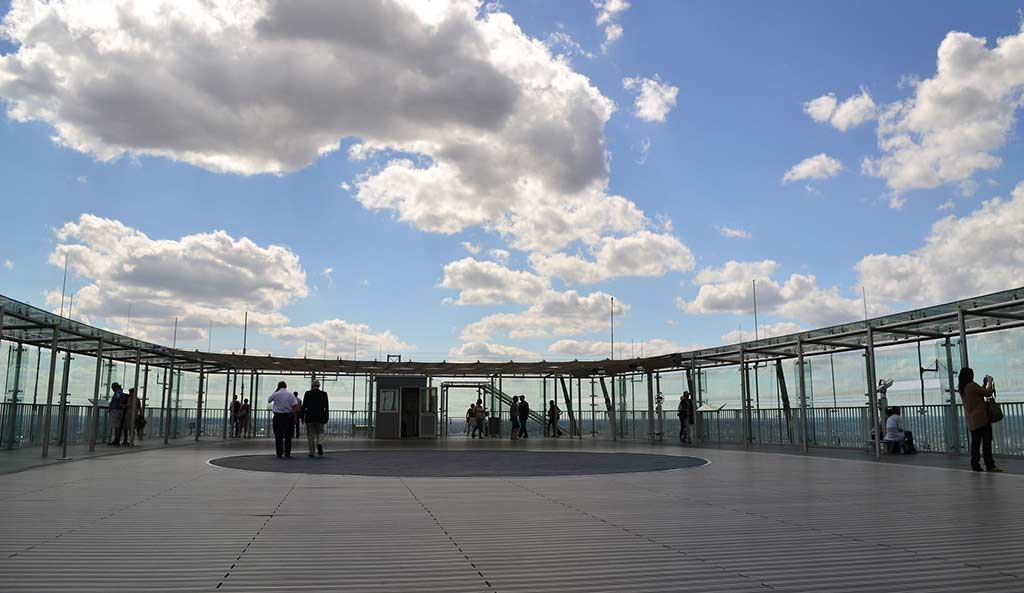 Eingang Tour Montparnasse Paris