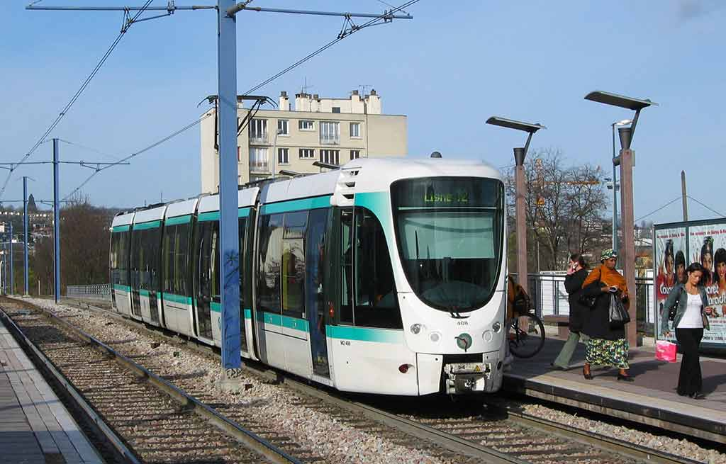 Strassenbahn Paris Tram Flughafen Orly Transfer