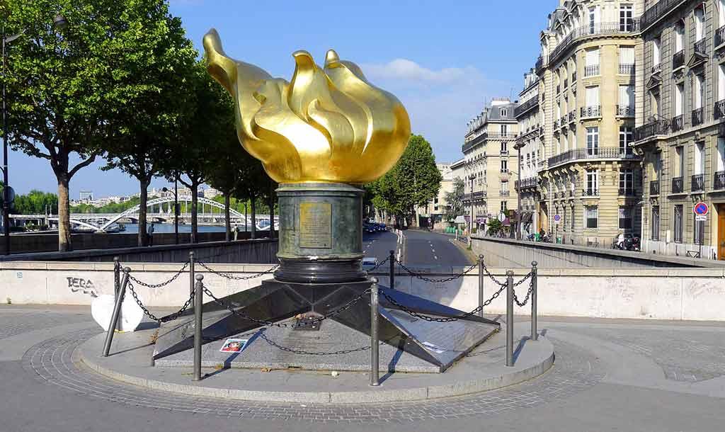 freiheitsstatue-Jardin du Luxembourg Statue de la Liberte