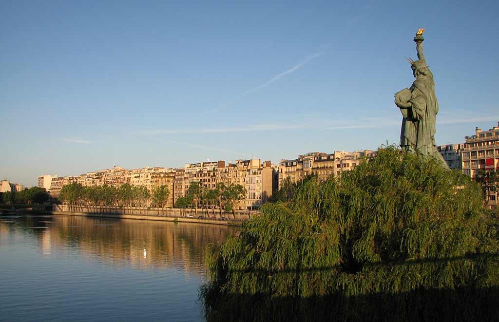 Freiheitsstatue Paris Sonnenuntergang