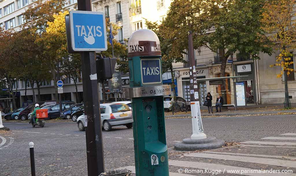 Taxi Schild Paris Dach Auto