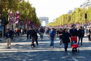Champs Elysées autofrei einmal im Monat erster Sonntag
