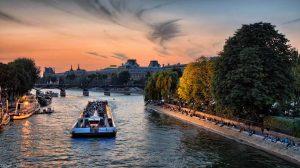 Dinnerkreuzfahrt auf der Seine