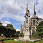 Garten hinter Notre-Dame Square Jean XIII