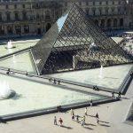 Fünf Pyramiden vom Louvre