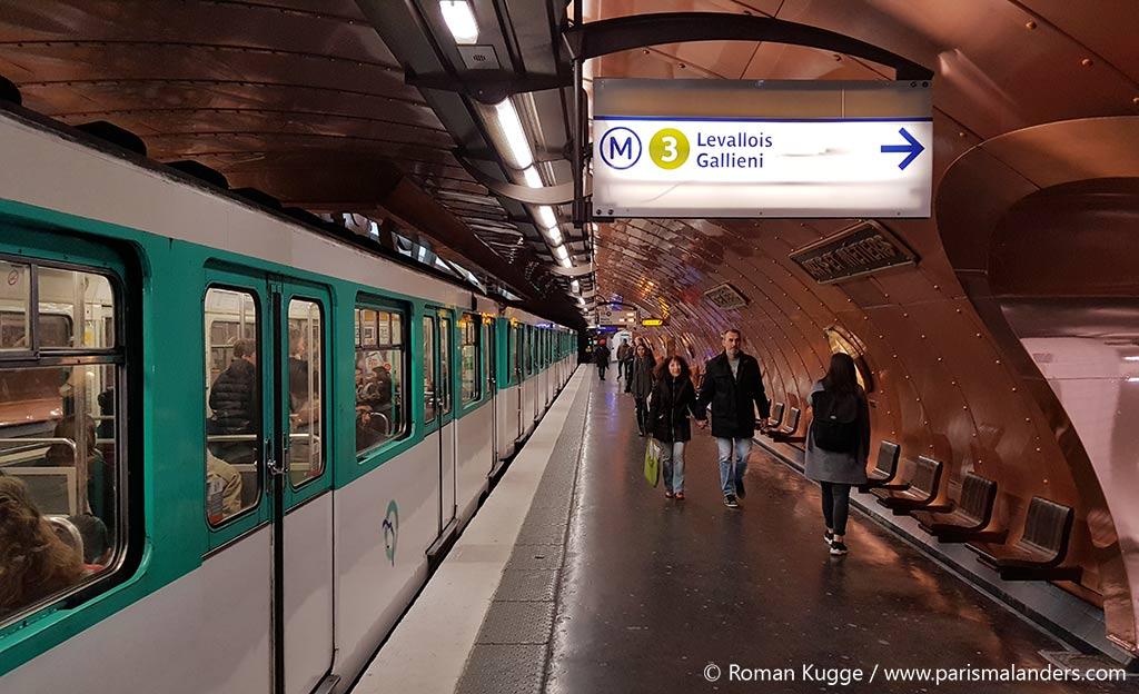 Paris Metrostation Arts et Métiers