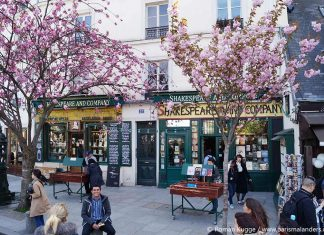 Shakespeare and Company Buchladen Midnight in Paris Drehort