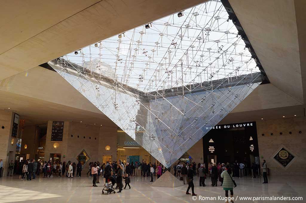 Pyramide Louvre Film Da Vinci Code invertierte Pyraide
