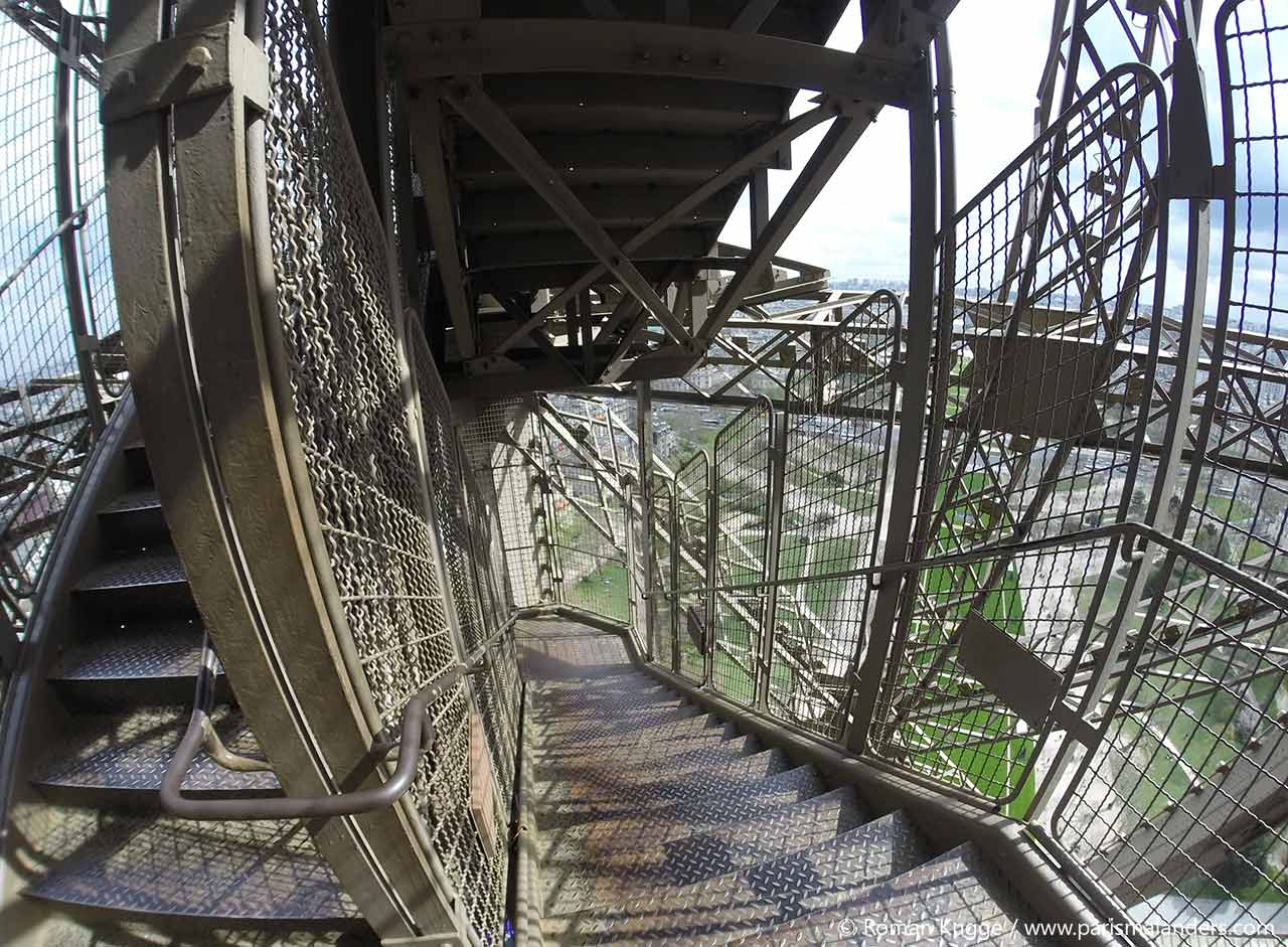 Treppen Käfig Eiffelturm zu Fuß