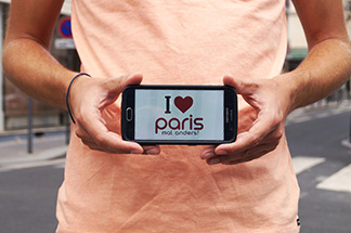 Erinnerungsfoto Paris mal anders Handy
