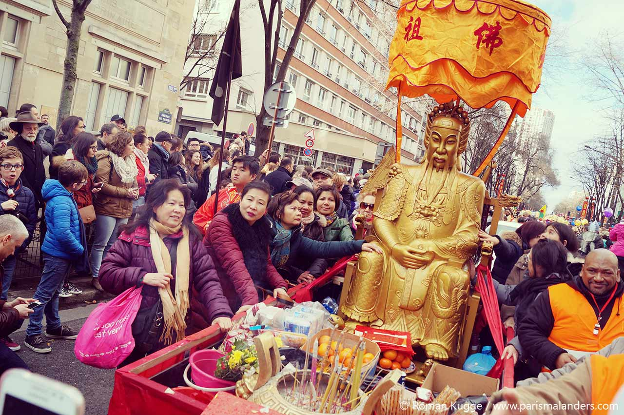 Chinesisches Neujahrsfest Paris Drache Umzug