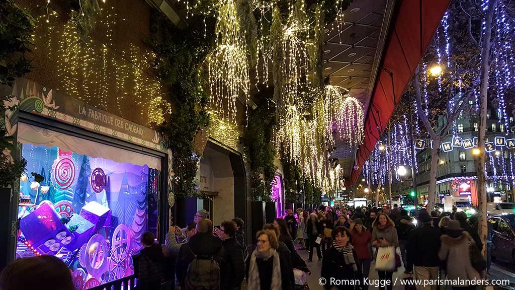Weihnachtsschaufenster Galeries Lafayette Paris