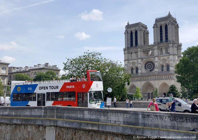 Paris Hop-On Hop-Off Bus